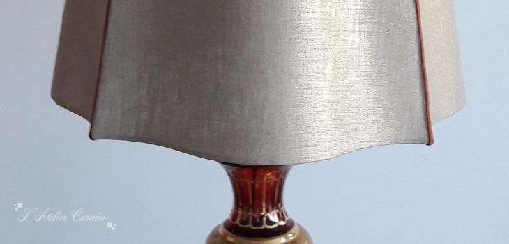 Lampe carré alsacien lin doré